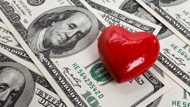 Money hearts